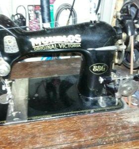 Швейная машинка MUNDLOS 88G
