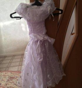 Бальное платье для детей.б/у.Для детей 4-5 лет