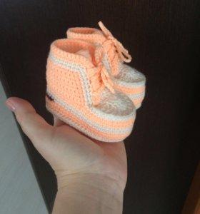 Пинетки-ботиночки ручной работы