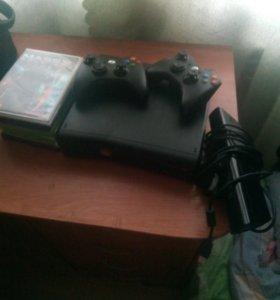 Xbox360 250gb есть много игр