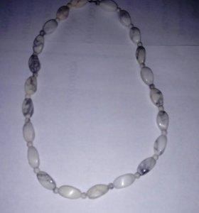 Ожерелье из опала