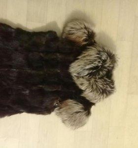 Норковая жилетка с чернобуркой