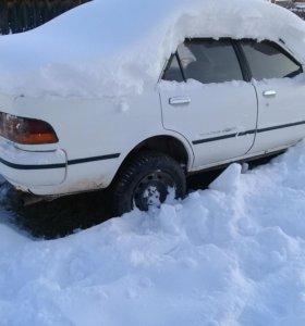 Toyota Carina, 1992