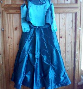 Платье-костюм с нарукавниками