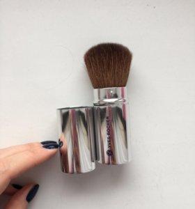 Новая кисть для макияжа Yves Rocher