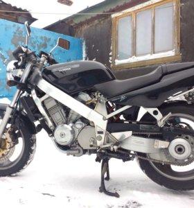 Honda Bros мотоцикл