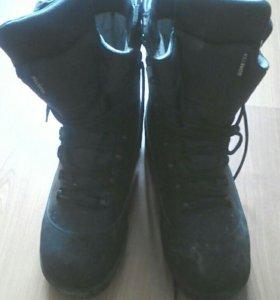 Ботинки армейские 44 размер новые