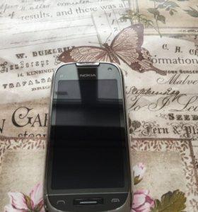 Смартфон Nokia c7