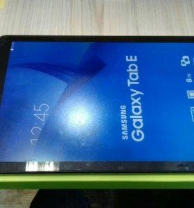 Samsung tab E SM-T561