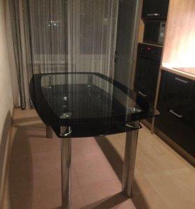 Стол стеклянный кухонный новый