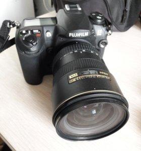 Цифровая камера FUJIFILM FinePix S5 Pro