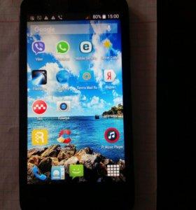 Телефон Fly IQ4415 ERA Style 3