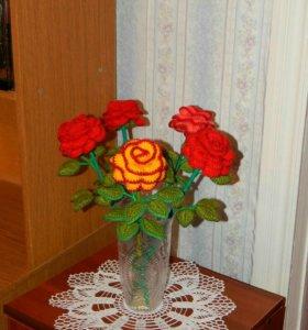 Продам вязаные розы