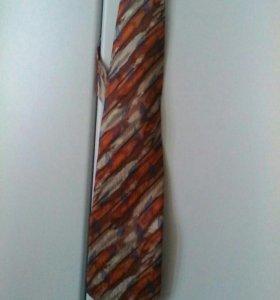 Шелковый галстук, ручная роспись по шёлку.