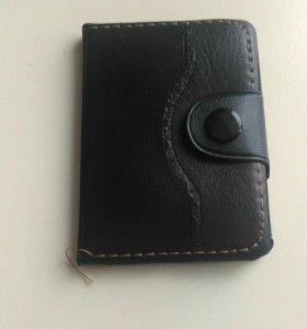 Блокнот чёрный кожаный, карандаш в комплекте.