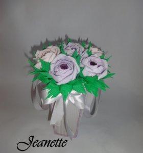 цвете с конфетами