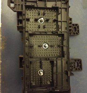 Подкапотный блок предохранителей Hyundai NF sonata