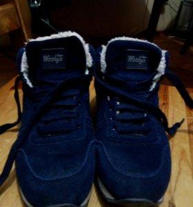 Замшевые зимние ботинки 40р-р