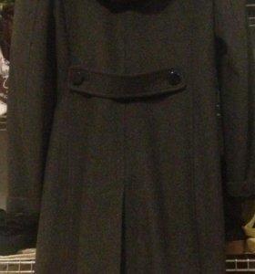 Пальто женское новое 46 размер