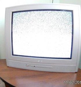 Телевизор LG (доставка 200 р)
