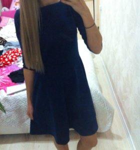 новое синие платье 44 размер