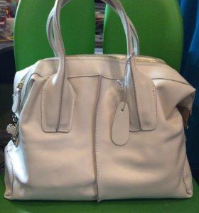 Новая кожаная сумка Tod's