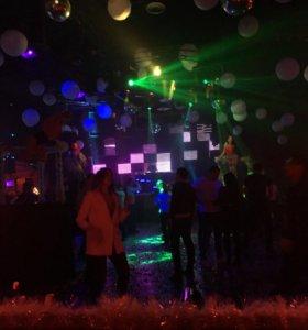 Требуется топлесс-dj на открытие ночного клуба!