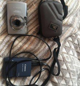 Фотоаппарат Canon с чехлом в подарок