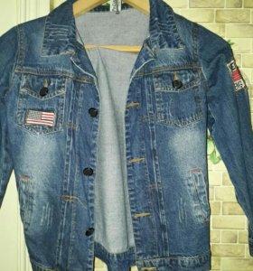 Джинсовая куртка на мальчика 12-13 лет
