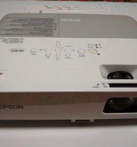 Проектор Epson EB-825