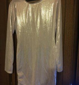 Короткое платье новое