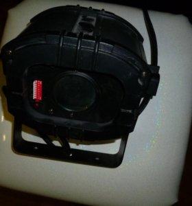 Светодиодный управляемый прожектор LED TRISPOT