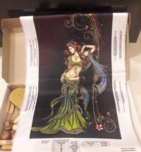 Картина вышивная из бисера и пяльце