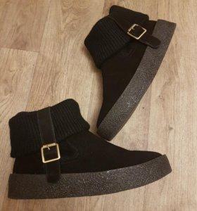 Ботинки новые 39р (стелька 25 см)