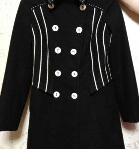 Пальто женское зимнее. Новое. Италия.
