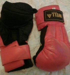 Перчатки для рукопашного боя WELL
