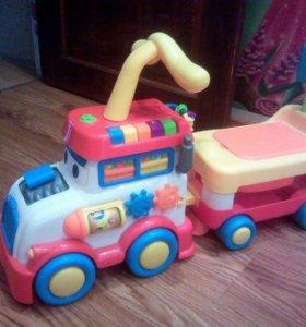 Детская музыкальная машинка