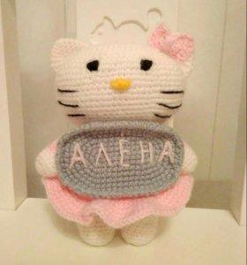 Кошечка Китти (ручная работа-крючок)