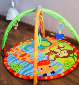 Совсем новый коврик для детей