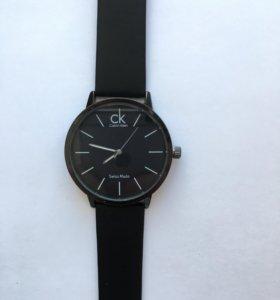 Стильные часы Calvin klein