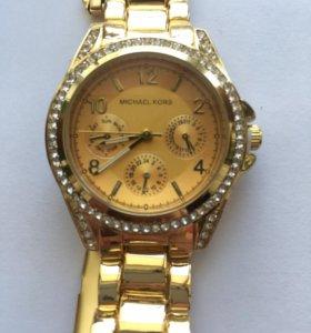 Элегантные часы Michael Kors