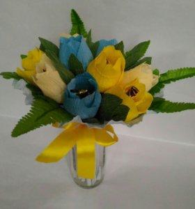 Букеты тюльпанов с конфетами, на 8 марта