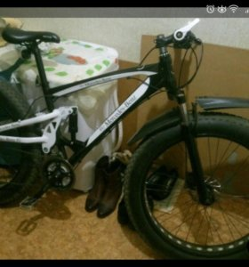 Fet bike Mersedess внедорожник