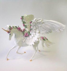 Фигурка Белый пегас с розовыми цветами