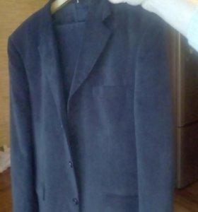 Фирменный вельветовый костюм Branoff