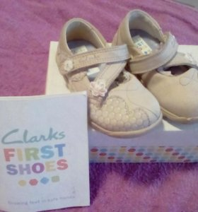 Туфли Clarks First shoes