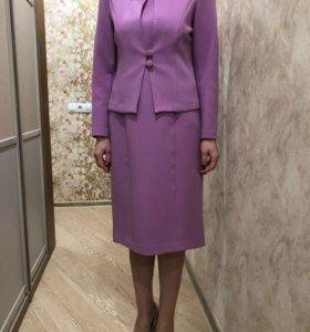 Костюм: платье с жакетом