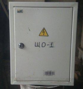 Продам электрический щеток.