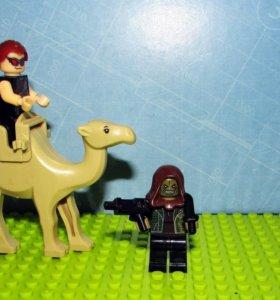 Лего Динозавр 28*17см. и  герои 7-8см.