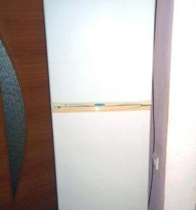 Холодильник Stinol no frost